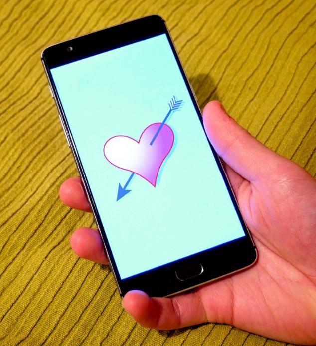 santeri-viinamaki-smartphone-dating-app